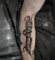 Tattoo artist(tattoo berlin)