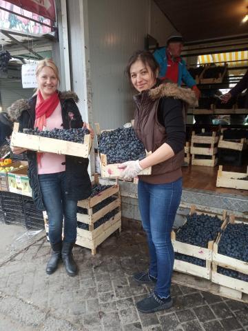 Продам черный сладкий виноград молдова
