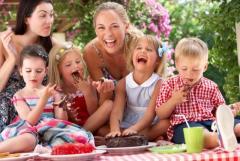 Бесплатное видео фото ваших праздников и вечеринок! И больше