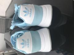 Продаю оригинальную обувь adidas и nike