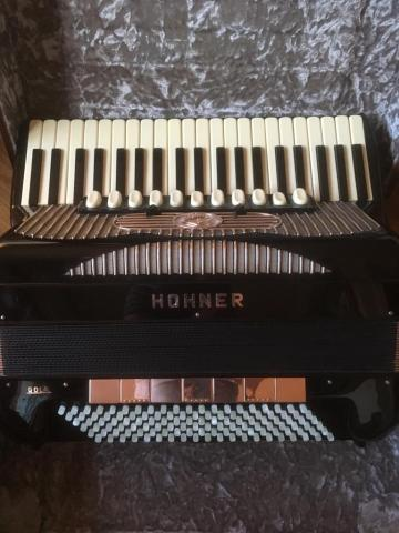 Sell accordeon hohner gola