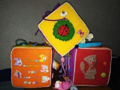 Продам бизи куб для детей (15x15x15 см)