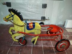 Антикварная лошадь
