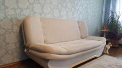 Продам диван. Verkaufe ein sofa.