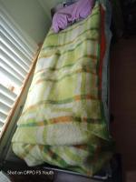 Новинка, уникальная кровать, сама усыпляет и лечит от всех проблем.