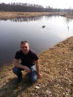 парень из беларуси ищет возможностей.