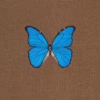 Продаются Декоративные подушки вышитые с экзотическими бабочками размер 30*30 см.