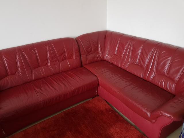 Отдам кожаный диван