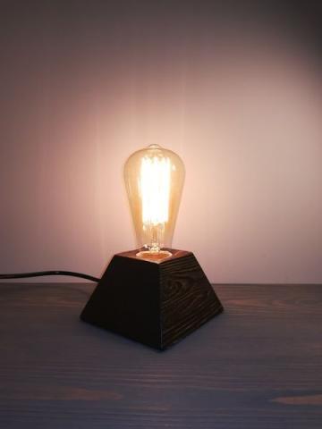 ретро светильник ручной работы (деревянный)