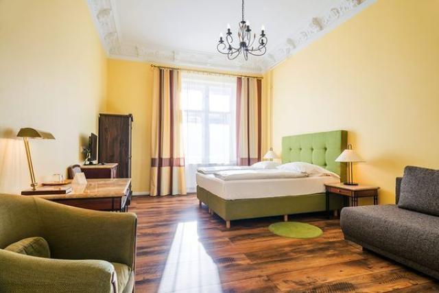 Требуются горничные и рецепционистки для отеля в центре берлина